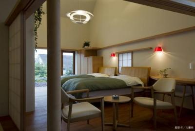 ベッドルーム1(撮影:古瀬桂) (界川の家)
