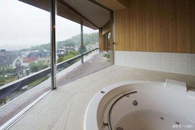浴室(撮影:古瀬桂) (界川の家)