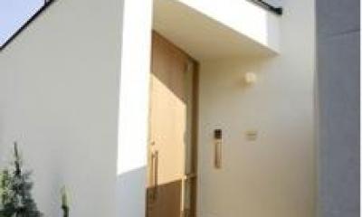 岩崎の二世帯住宅 (玄関2(撮影:EIICHI TAKAYAMA))