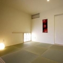 岩崎の二世帯住宅の写真 親世帯和室(撮影:EIICHI TAKAYAMA)