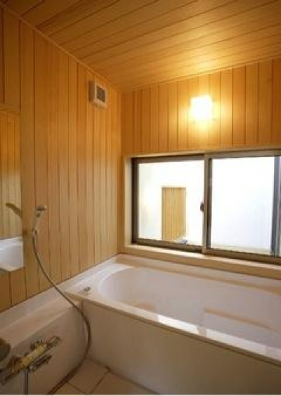 岩崎の二世帯住宅 (子世帯浴室(撮影:EIICHI TAKAYAMA))