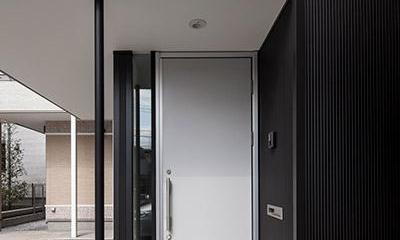 玄関-外(撮影:平井広行)|白糸台の家