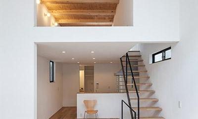 白糸台の家 (吹き抜け-2階と3階(撮影:平井広行))