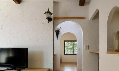 リビング入口(撮影:繁田諭)|長野市風間の家