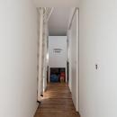 廊下(撮影:布施貴彦)