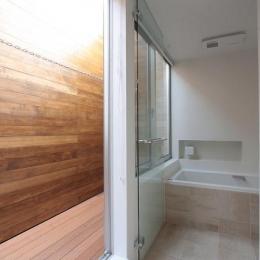 光遊の家 (浴室)