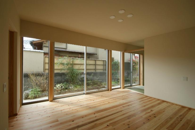 楠葉の家の部屋 明るいリビング3