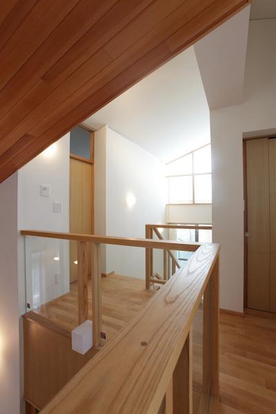 SG.house (2階階段ホール-1)