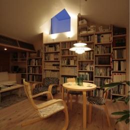 『緩やかな境界線を持つ家』 ワンルームに沢山の場所がある