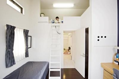 建築面積約9坪でここまで広い家 (ロフトのある子ども部屋)
