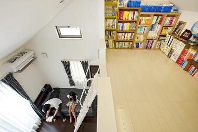 ロフトのある子ども部屋 (建築面積約9坪でここまで広い家)