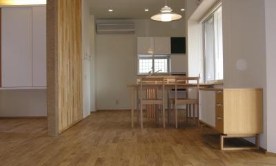 チェスナット(栗) ユニ(床暖房兼用) プレミアム 無垢フローリング|新築・中古戸建て住宅に使用されている無垢フローリング、積層フローリングの施工事例