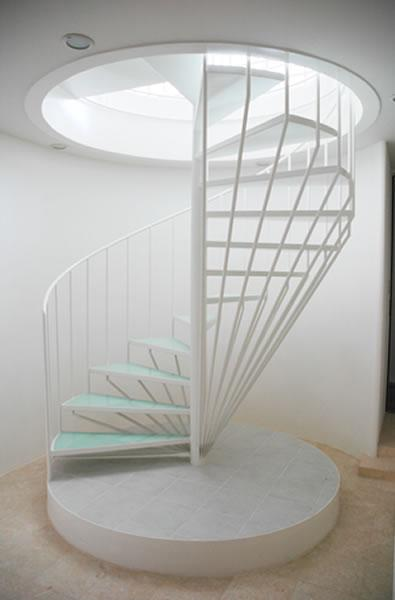 家宅/Kの写真 螺旋階段2