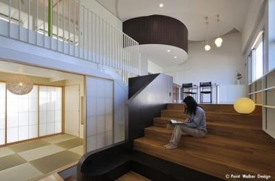 図書階段のある家 (図書階段)