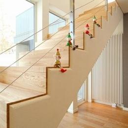 house @ kb (明るい階段室)
