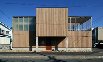 新川の家 (外観1)