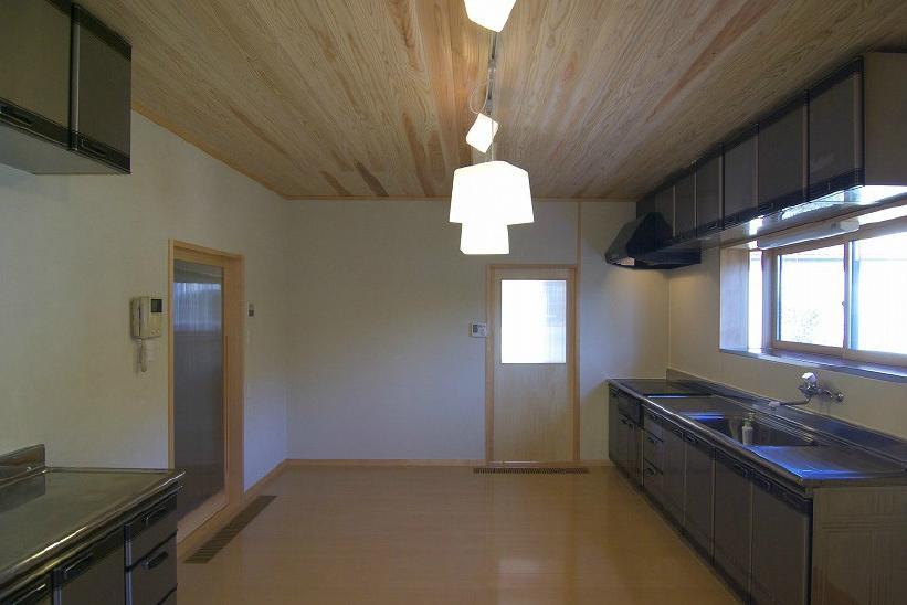 食堂 (高崎S邸・高気密高断熱化・暖かく生まれ変わった家)