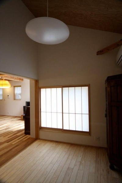 個室1 (東通仲町の家)
