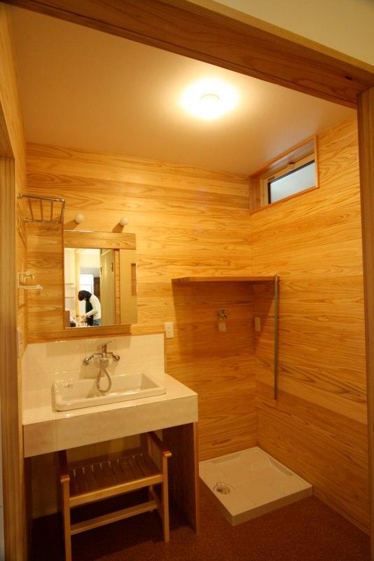 東通仲町の家の写真 洗面所