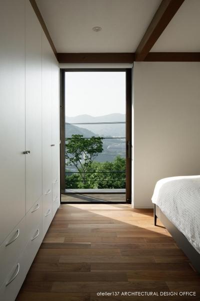 寝室 (032熱海Oさんの家)