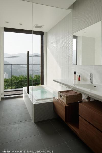 浴室 (032熱海Oさんの家)