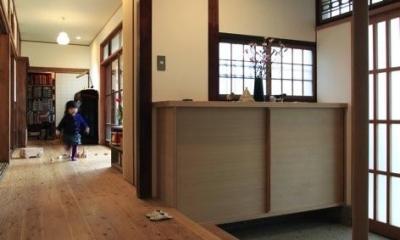 玄関(撮影:上田明)|寒川の家