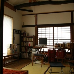寒川の家 (2階居間)