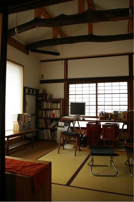 寒川の家の部屋 2階居間