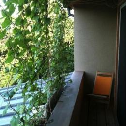 寒川の家 (2階バルコニー)