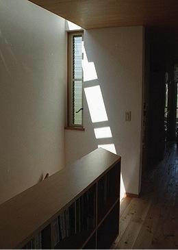 竜ヶ崎の家の部屋 階段ホール2