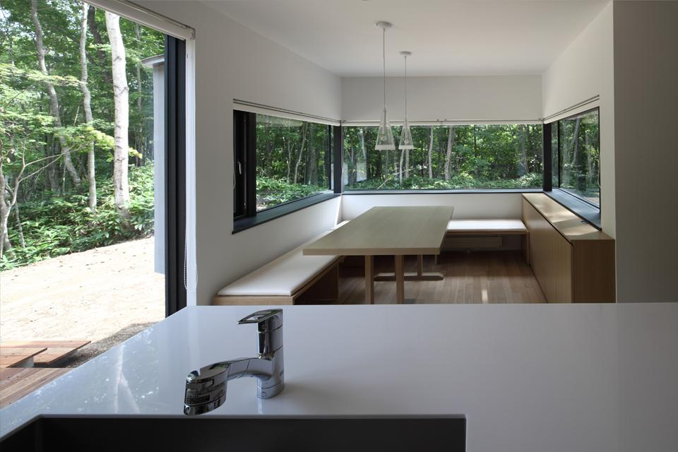 建築家:遠藤謙一良「大沼 森の家」