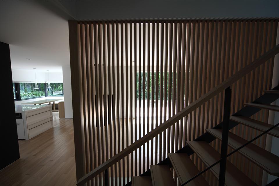 大沼 森の家の部屋 階段(撮影:Adachi Osamu)
