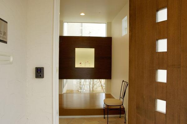 山形M邸の部屋 玄関