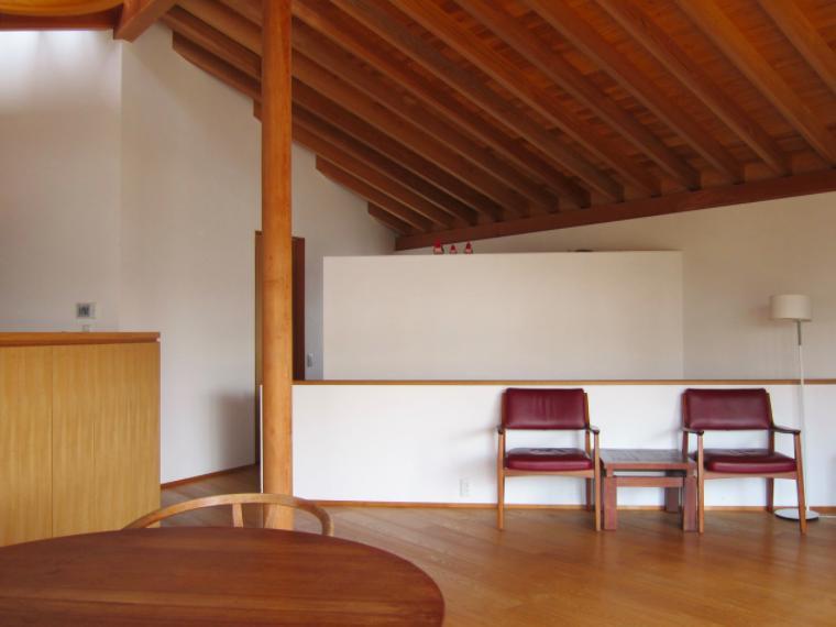 I-house・RC+木造の大屋根の家の部屋 LDK-1