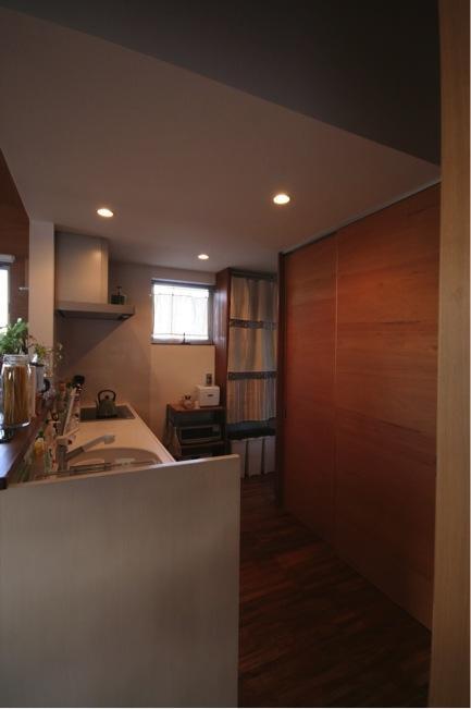 本町通りのいえの部屋 対面式キッチン