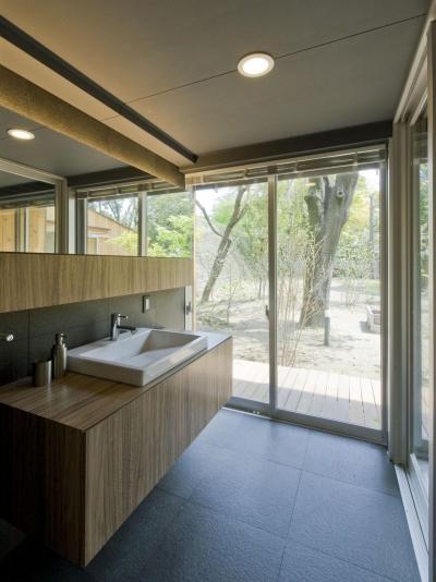 洗面・浴室 (木立の家)