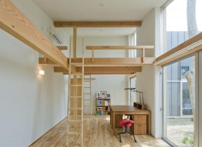 子供室 (木立の家)