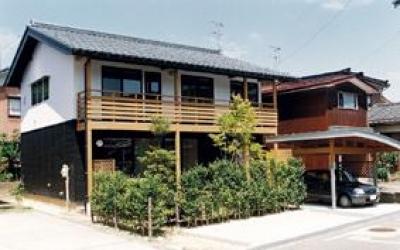 八幡の家 (外観1)