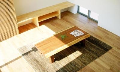 リビングテーブル|ボックスパズルの家