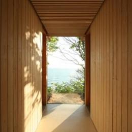 海の崖っぷちのSOHO (廊下)