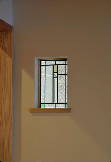 安曇野の家2の写真 玄関ホールのステンドグラス