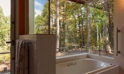 蓼科の家 (浴室)