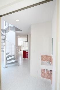 豊山町の家の部屋 螺旋階段・洗面コーナー