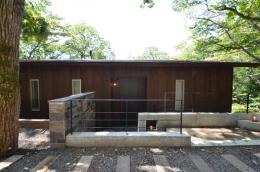 大きな栗の木の下の家 (外観1)