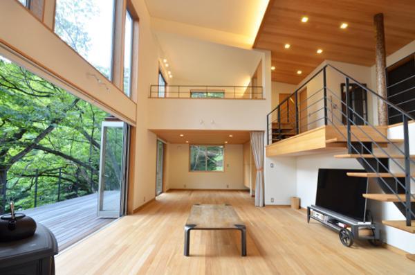 大きな栗の木の下の家 (一体空間のLDK-3)