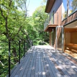 大きな栗の木の下の家 (ウッドデッキテラス2)