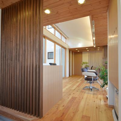 美容室と光庭の家の部屋 美容室エントランス