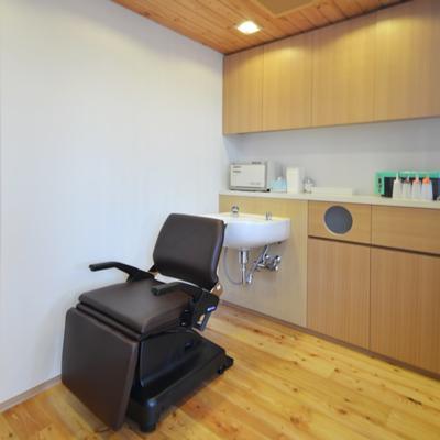 美容室と光庭の家の部屋 美容室シャンプースペース