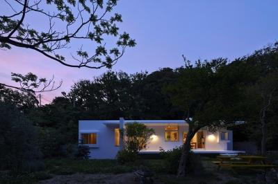 葉山の家 (外観)