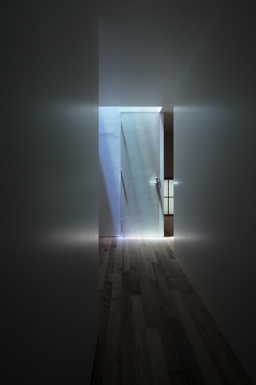 等々力の家 (1階廊下)